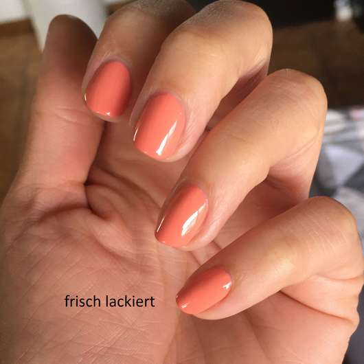 L.O.V LOVinity Long Lasting Nail Lacquer, Farbe: 090 Peach Perfection frisch lackiert