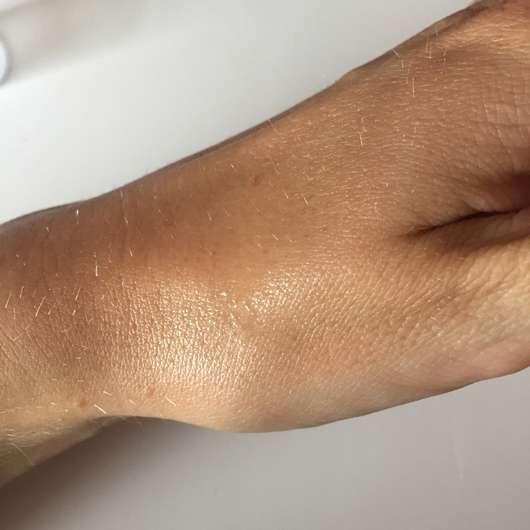 """MALU WILZ Body Fragrance """"Green Tea Fusion"""" - frisch auf die Haut aufgesprüht"""