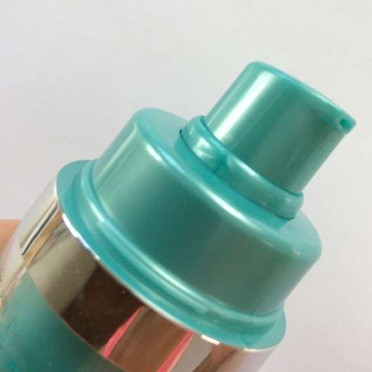 Pumpspender vom Douglas Clear Focus Corrective Serum