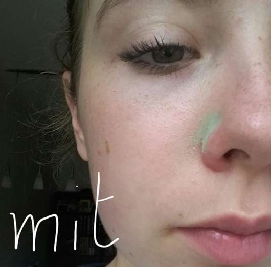 Gesicht mit essence colour correcting stick, Farbe: 04 say no to redness