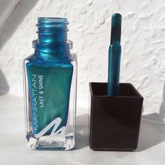 Pinsel des Manhattan Last & Shine Nail Polish, Farbe: 830 Almost Emerald