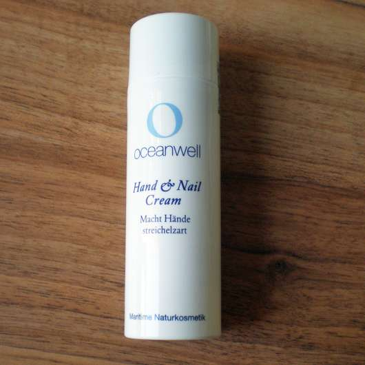 Verpackung der Oceanwell Hand & Nail Cream