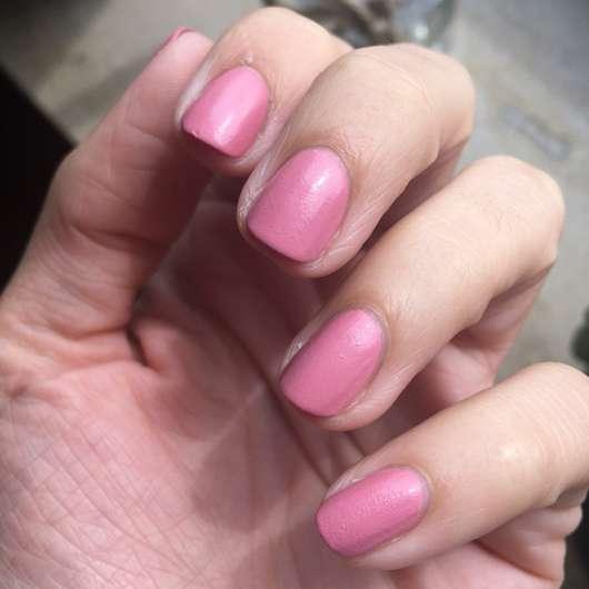 Fingernägel mit ANNY Matte Powder Effect Polish, Farbe: 247.30 lovebird