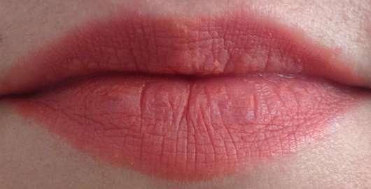 L'Oréal Paris Color Riche x Balmain Lipstick, Farbe: 246 Confession (LE) nach dem Essen und Trinken