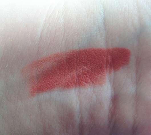 L'Oréal Paris Color Riche x Balmain Lipstick, Farbe: 246 Confession (LE) Swatch