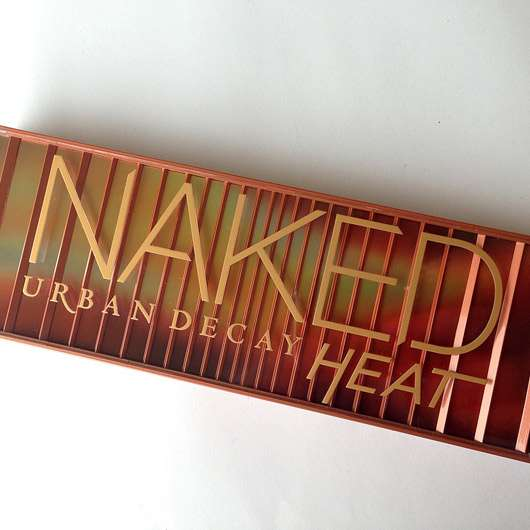 <strong>Urban Decay</strong> Naked Heat Eyeshadow Palette