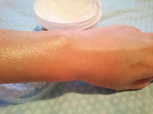 Vitalife Olivenbutter Creme auf der Haut
