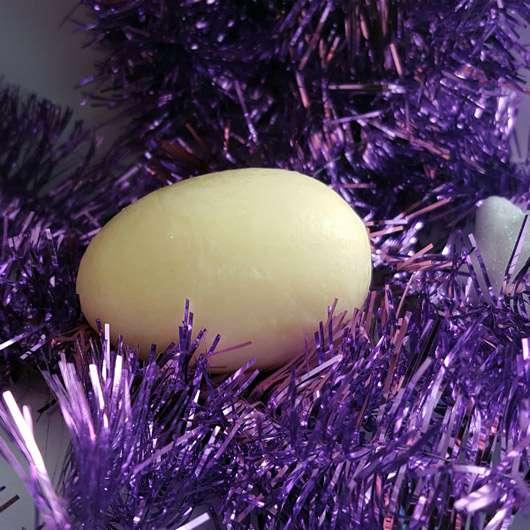 CMD Pflegebutter Hand Ei Vanille - Ei ausgepackt