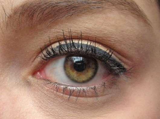 Lidstrich mit Artdeco Roll It Disc Eyeliner, Farbe: 1 Black (LE)