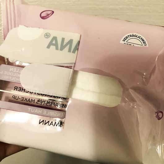 ISANA Clean + Care 3in1 milde Reinigungstücher - Verpackung Öffnung