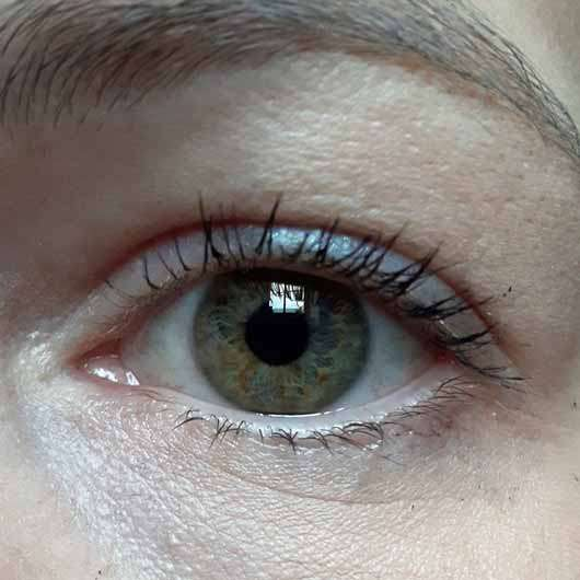 Maybelline Lash Sensational Luxurious Mascara, Farbe: Black - Wimpern mit Mascara