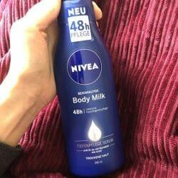 Produktbild zu NIVEA Reichhaltige Body Milk (trockene Haut)