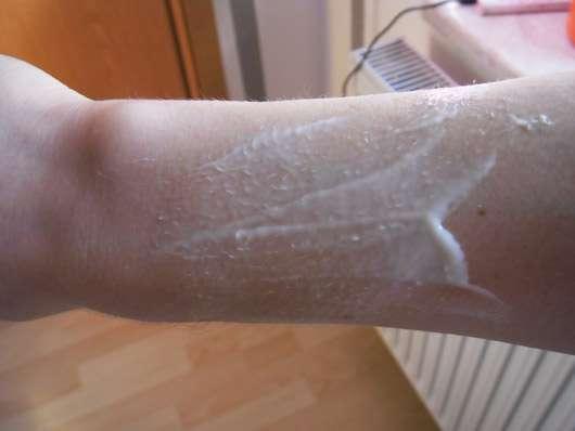 Dr. Hauschka Lavendel Sandelholz Körperbalsam - Konsistenz verrieben