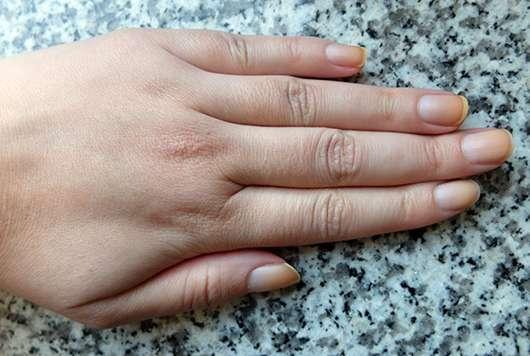 Sally Hansen Color Therapy Nagellack, Farbe: 210 Re-Nude
