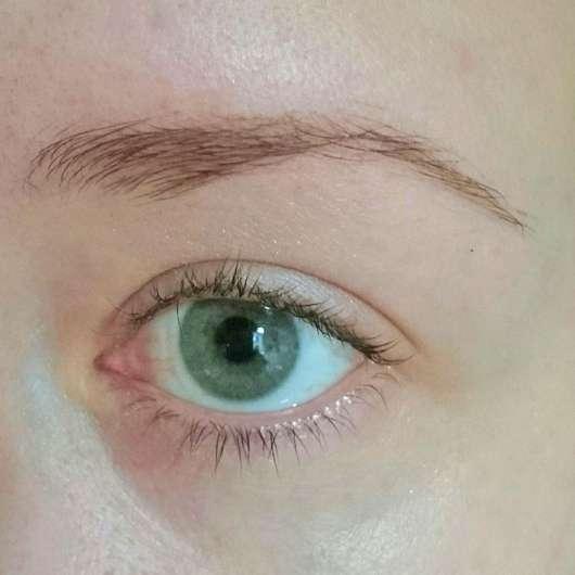 Auge mit alverde Augenbrauengel (Endergebnis)