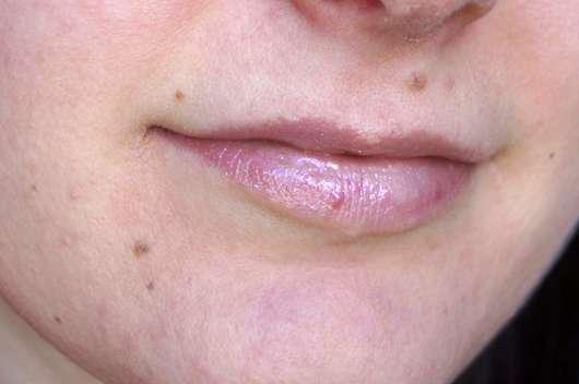 alverde Lipgloss 3D-Effekt - pur auf den Lippen