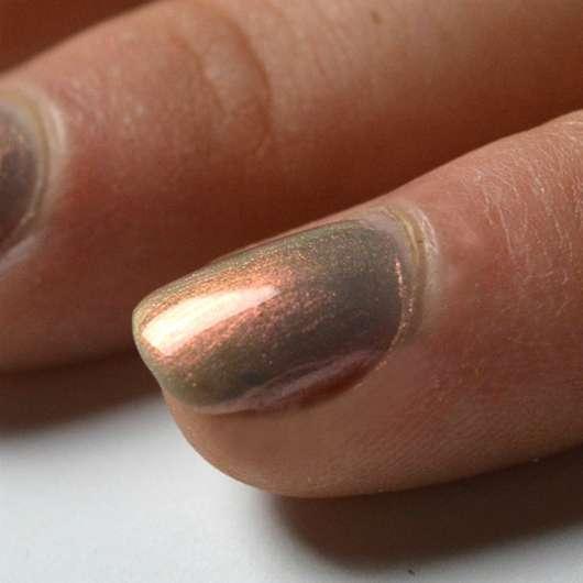 lackierte Nägel mit ANNY Nagellack, Farbe: 302.60 rainbow walker (LE)
