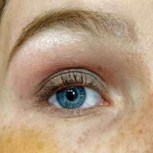 BeYu Be Outstanding Eyeshadow Palette, Farbe: 1 Purple Me On (LE) - AMU