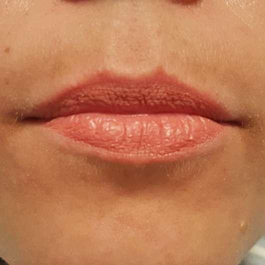 L'Oréal Paris Infaillible Matt Lippen-Puder-Stift, Farbe: 001 Silencio - direkt nach dem Auftrag auf die Lippen