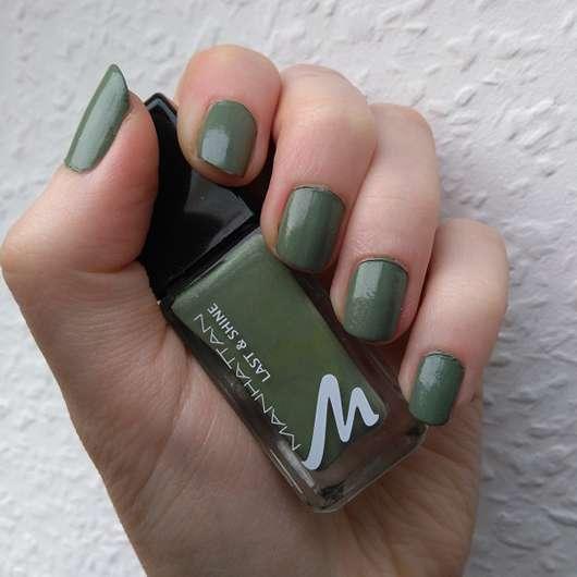 Manhattan Last & Shine Nail Polish, Farbe: 845 Urban Chameleon - auf den Fingernägeln aufgetragen