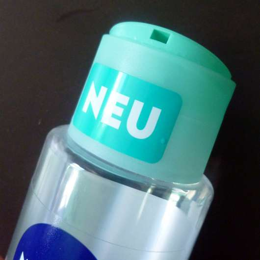 Dosieröffnung des NIVEA Tiefenreinigendes Mizellen Shampoos