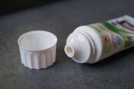Dosieröffnung - Terra Naturi 5in1 Zahncreme Kräuter-Minze