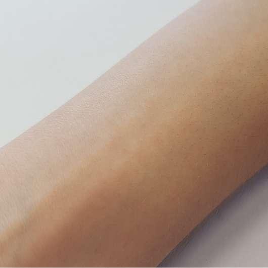 Haut mit eingezogener treaclemoon spiced plum custard Körpermilch (LE)