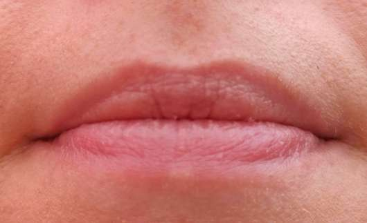 Lippen mit Melvita Apicosma Schützender Lippenpflegestift