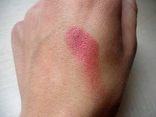 Sleek MakeUP Blush, Farbe: 923 Pomegranate - Swatch