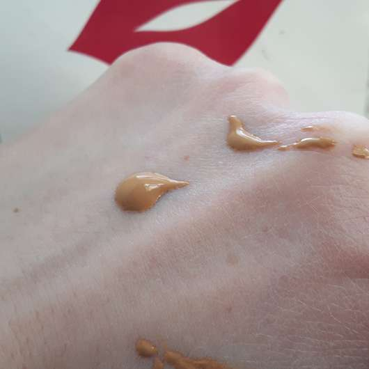 Swatch - Sleek MakeUP Lifeproof Foundation, Farbe: LP05