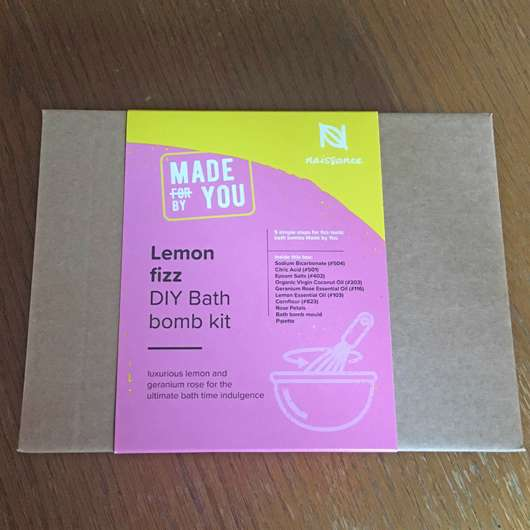 Naissance Made By You Lemon Fizz DIY Bath Bomb Kit