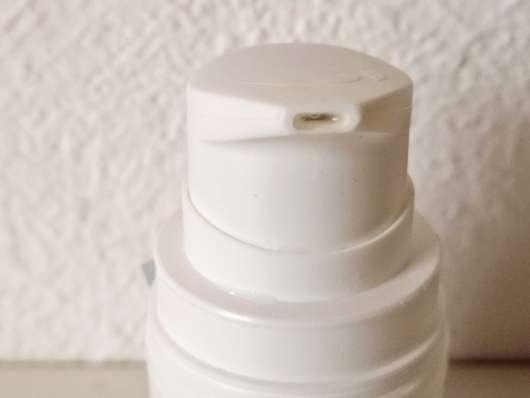 Dosieröffnung - everdry Antitranspirant Body im Spender