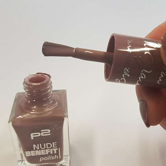 Pinsel - p2 nude benefit polish, Farbe: 060 dinner with Jack
