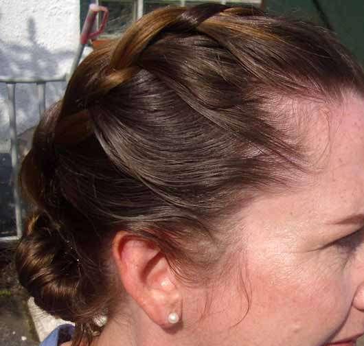 SYOSS Fiber Flex Flexibler Halt Haarspray - Frisur mit Haarspray