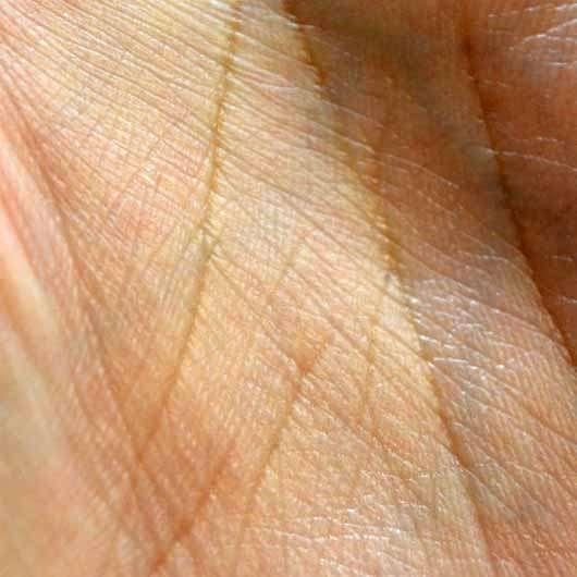 Mary Kay Sonnenpflege SPF 30 (LE) - Haut nachdem die Creme eingezogen ist
