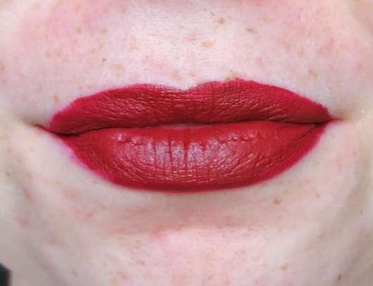 Lippen mit Maybelline Super Stay Matte Ink Lippenstift, Farbe: 50 Voyager
