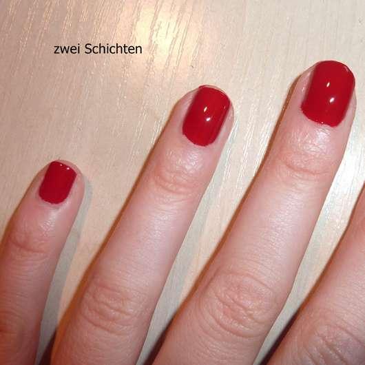 lackierte Nägel mit des Rival de Loop Professional Nails Nagellack, Farbe: 04