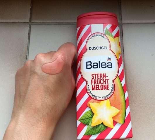 Balea Duschgel Sternfruch & Melone (LE) - Duschgel auf der Haut