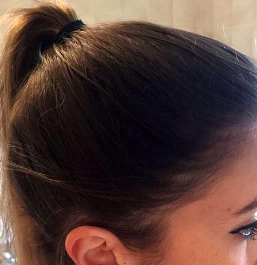 Schwarzkopf 3 Wetter taft Powerful Age XL Haarspray: Haarspray aufgesprüht auf dem Kopf