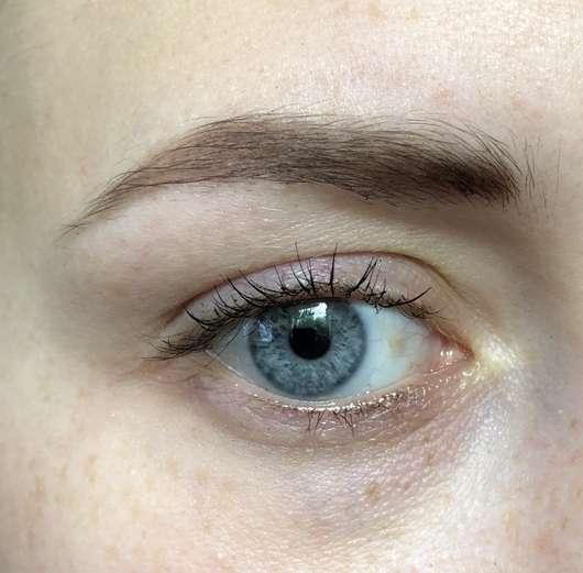 Augenbraue mit essence make me brow eyebrow powder, Farbe: 01 brown