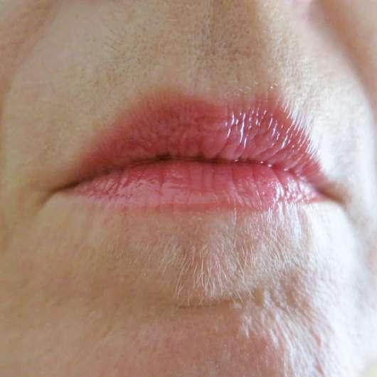 Lippen mit LusciousLips anti-aging lip treatment, Farbe: 328 Pinkalicious
