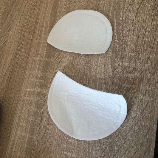 Ein Pad in zwei Hälften zerteilt.