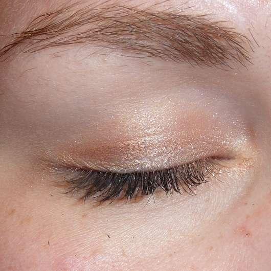 Bell HYPOAllergenic Waterproof Mousse Eyeshadow, Farbe: 01 shimmering copper - frisch aufgetragen