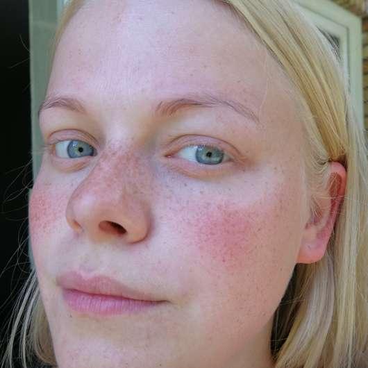 BIO:VÉGANE Bio Grüntee Glow Fluid - Haut ohne Produkt (zu Testbeginn)