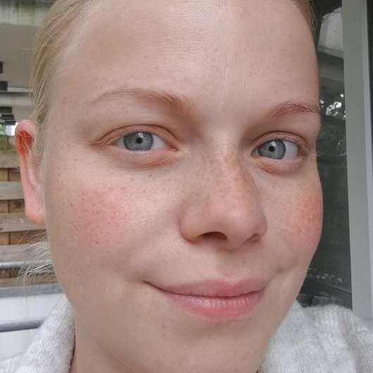 BIO:VÉGANE Bio Grüntee Glow Fluid - Haut nach 4-wöchigem Test