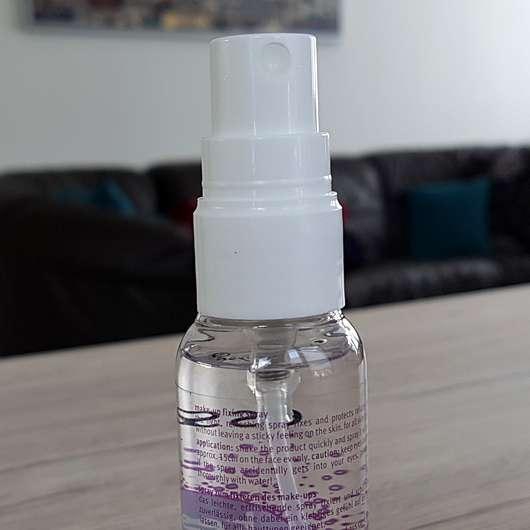 essence keep it perfect! make-up fixing spray - Dosieröffnung