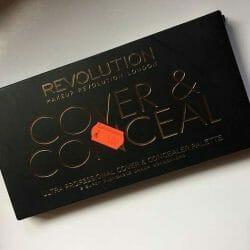 Produktbild zu Makeup Revolution Ultra Professional Cover & Conceal Palette – Farbe: Light