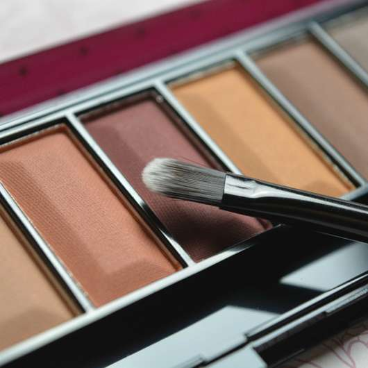 Pinsel der Misslyn Must-Have Eyeshadow Shades, Farbe: Shades Of Burgundy