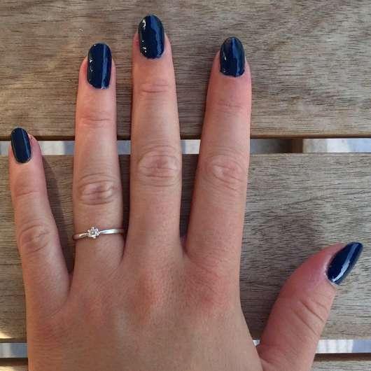 Nägel mit p2 easy gel polish, Farbe: 130 deep ocean