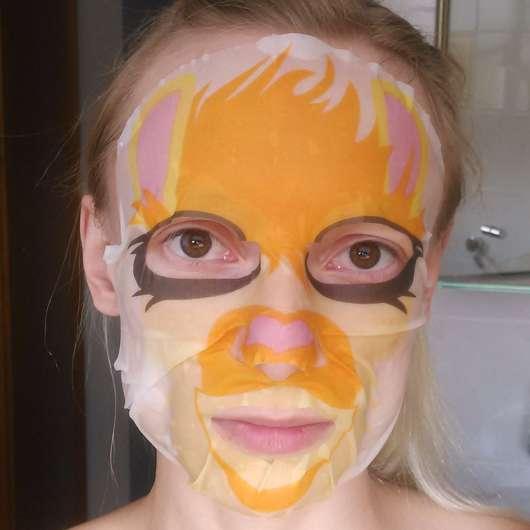 "Gesicht mit The Beauty Mask Company Motiv-Tuchmaske ""Lama"""